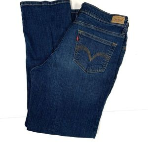 Levi perfectly slimming straight 512 jeans